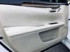 2013 Lexus ES300h (24)-816